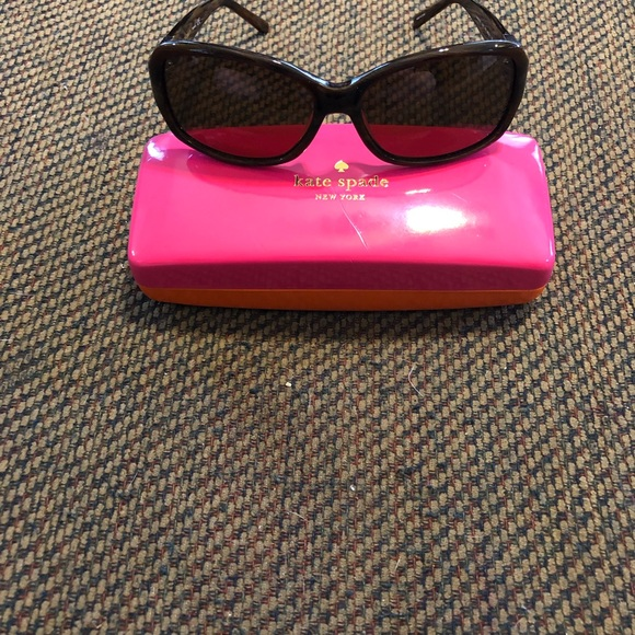 Kate Spade Brown sunglasses with case